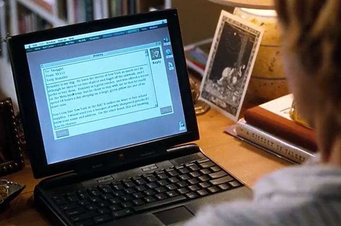 Apple computer featured in You've Got Mail movie